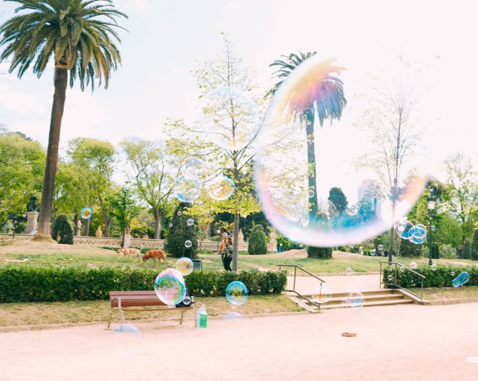 bubbles-floating-during-daytime-2736220
